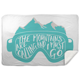 Skiing & Snowboarding Sherpa Fleece Blanket - The Mountains Are Calling Goggles