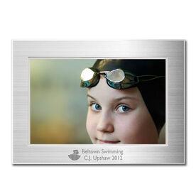 Engraved Swimming Frame Silver 4 x 6 with Swimmer Icon