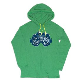 Men's Skiing Lightweight Hoodie - The Mountains Are Calling