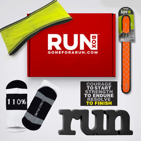 RUNBOX™ Gift Set - 'Tis the Season to Run (Male)