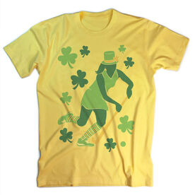 Vintage Field Hockey T-Shirt - Play For St. Patrick's Day