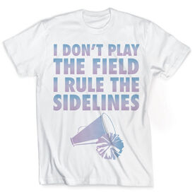 Vintage Cheerleading T-Shirt - I Don't Play The Field I Rule The Sidelines